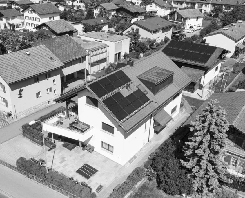 Dachbau Frei - MFH Locher